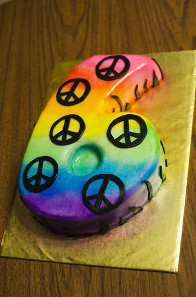 6_tyedye_peace_cake9547