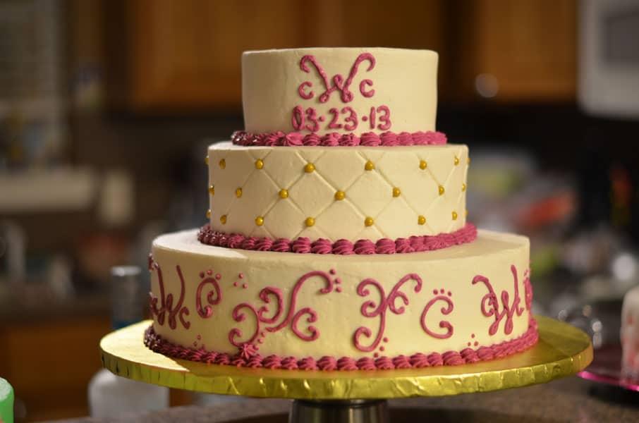 cindy_magenta_wedding_cake