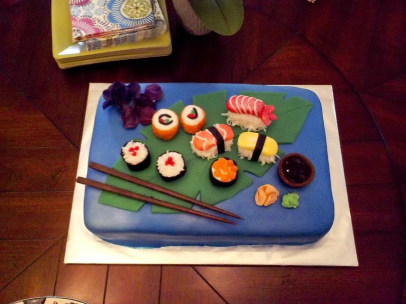 candice_sushi_cake10898