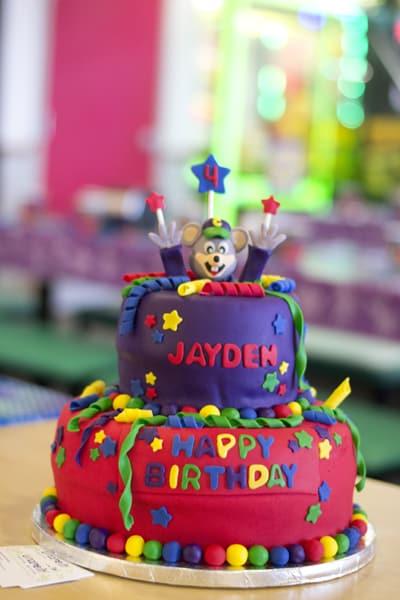 chuckecheese_birthday_cake6830